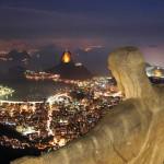 Rio_De_Janeiro_Statue_View