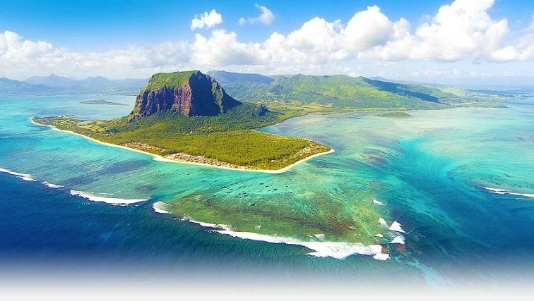 Underwater Waterfall, Mauritius Island