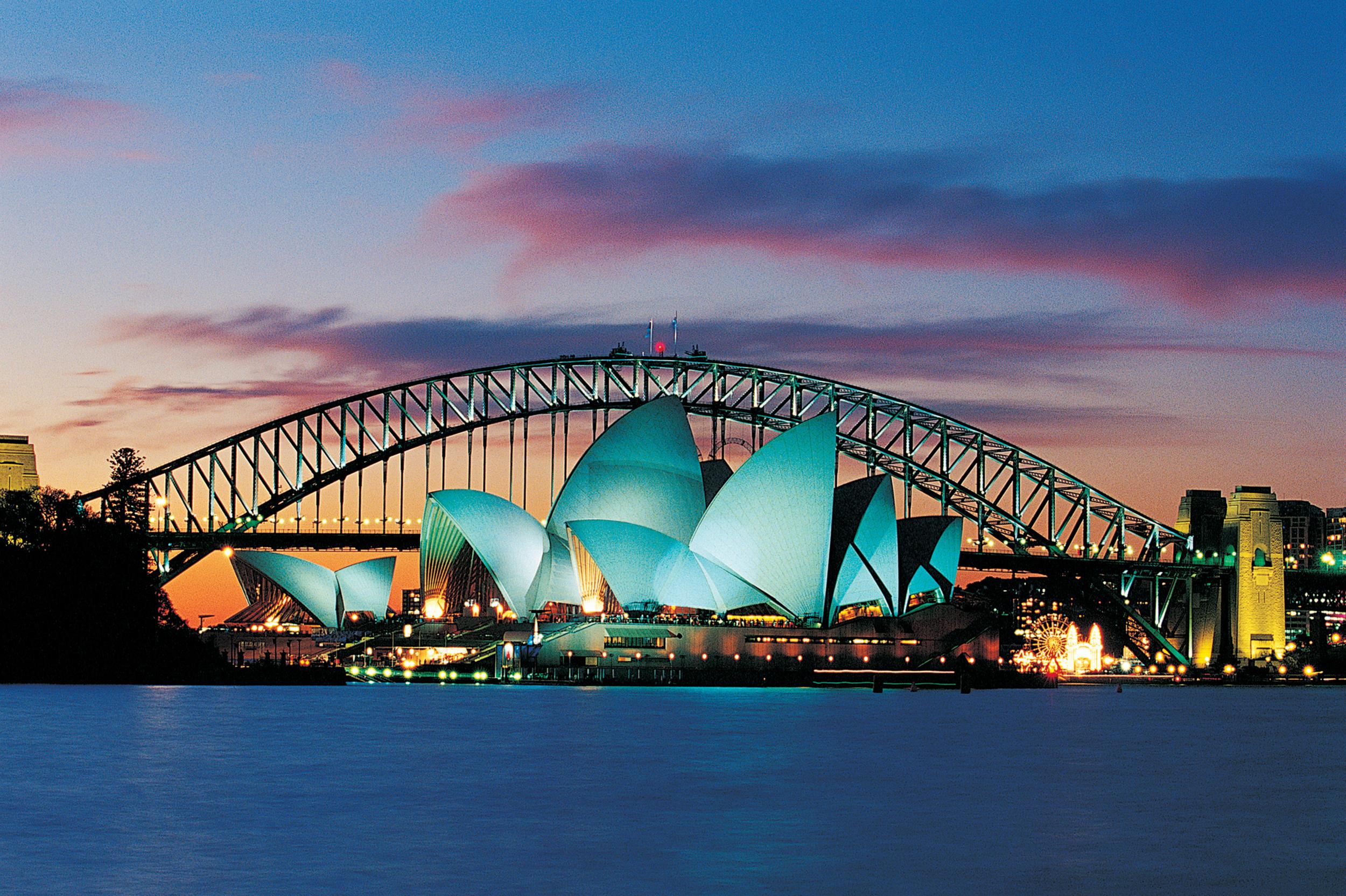 Top 10 Sydney Hotels Near Sydney Opera House | Council Of