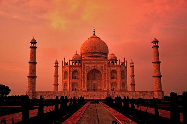 Taj_Mahal_at_its_best